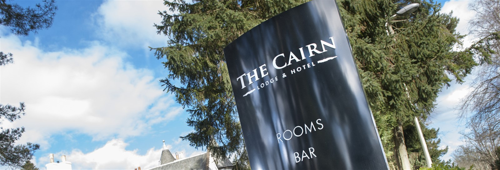 Spring signage trend - simple lettering on a monolith sign