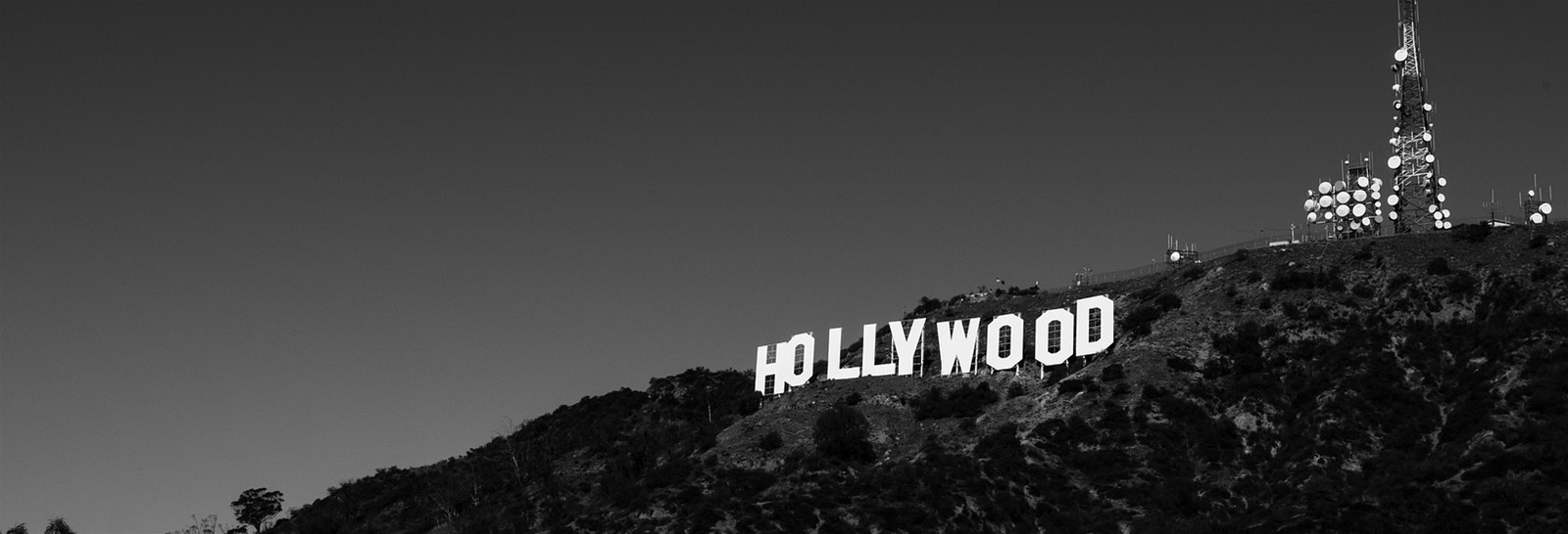 When size does matter - the iconic Hollywood sign