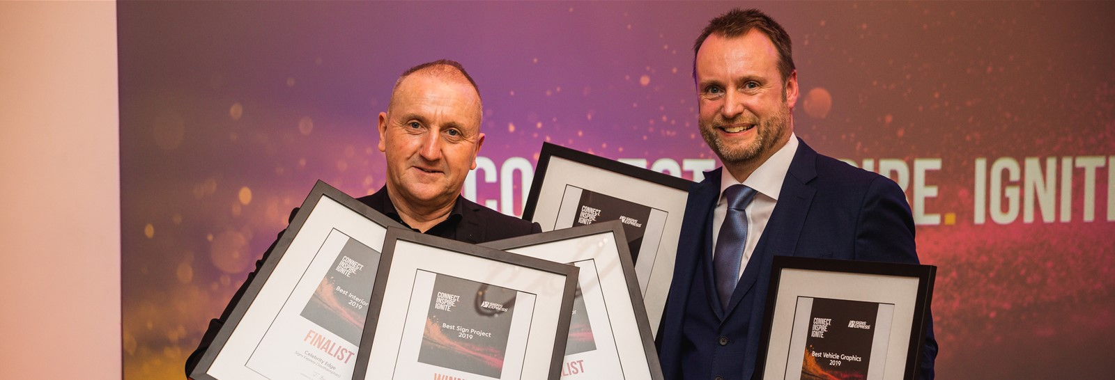 team winners franchisee of the year Signs Express Southampton