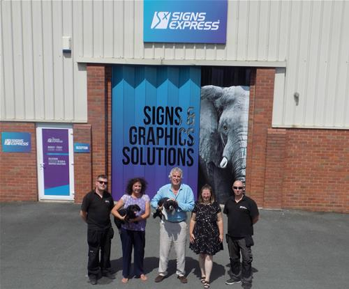 The team at Signs Express Worcester