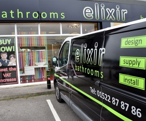 Vehicle graphics installed by Signs Express Lincoln