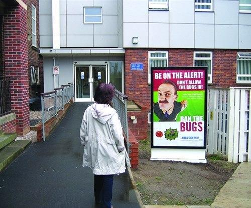 Exterior poster display