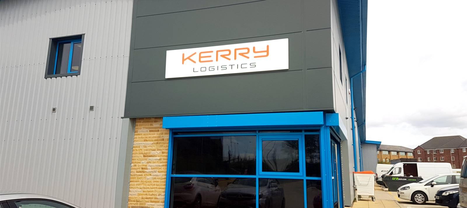 Logistics Company gets new signage