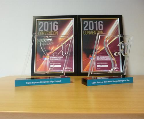 Glasgow wins two prestigious awards