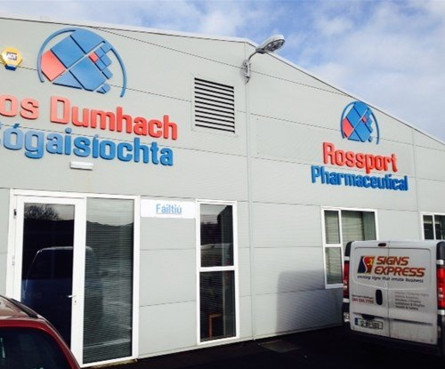 Signs Express (Mullingar) provide new signage to Rossport Pharmaceutical