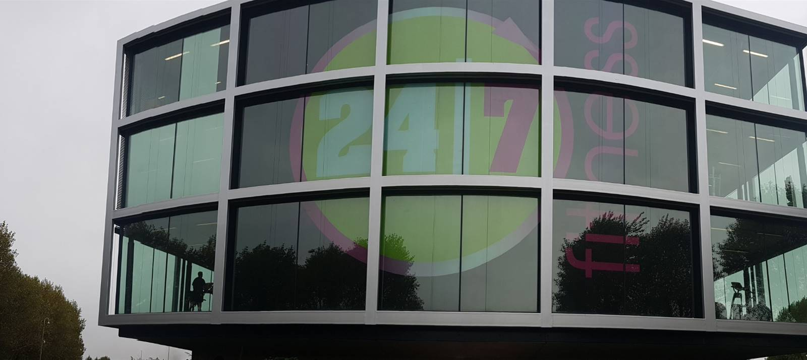 24/7 Fitness Window Graphics by Signs Express (Worcester)