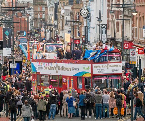 Leeds welcome home parade to Rio athletes