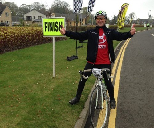 A triumphant Steve at the finish line.