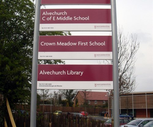 Alvechurch main school sign