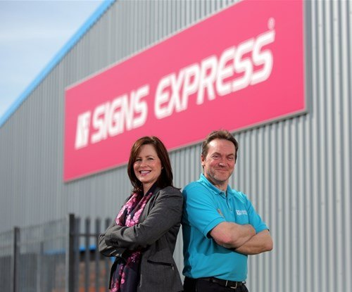 Owners Signs Express Swansea | Sharon & Phil Perkins