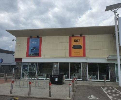 2 of the 6 external advertising panels