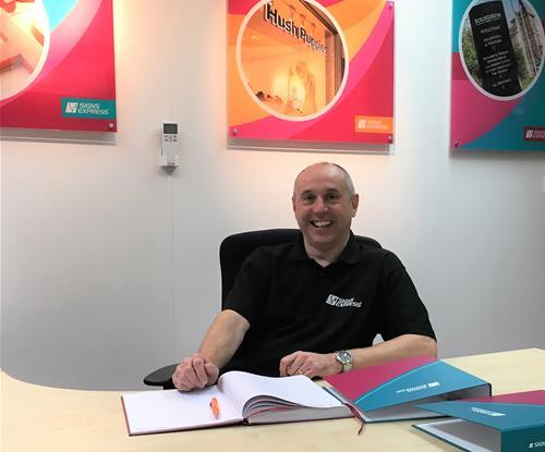 David Anthony, Franchisee of Signs Express (Warwick)