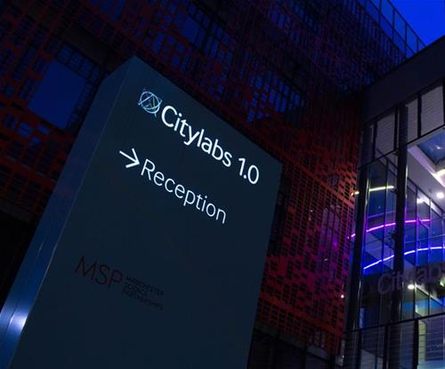 Citylabs illuminated totem sign with integrated solar panel