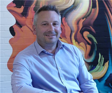 David Allen, Operations Manager for Signs Express