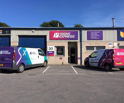 Signs Express (Lancaster) Re-brand their Exterior Signage and Vehicle Livery