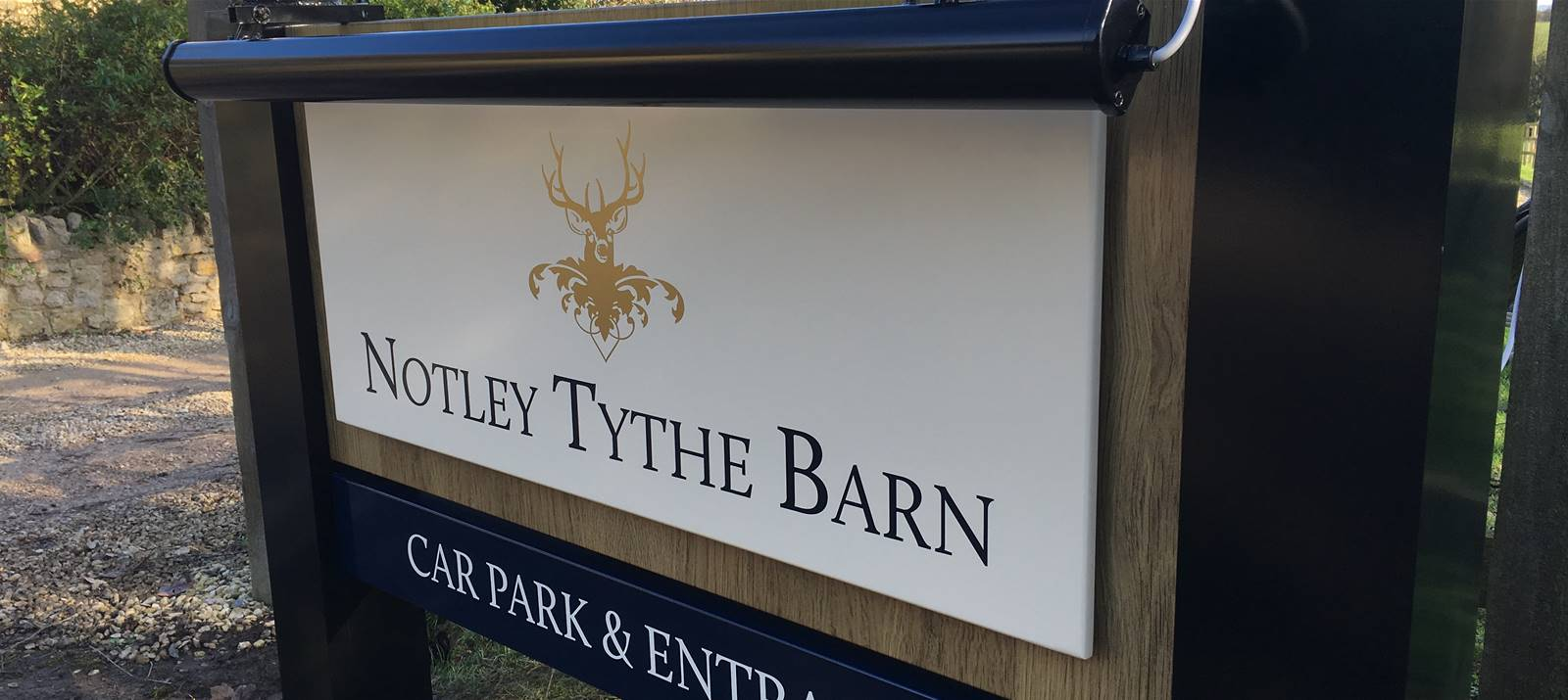 Signs Express Notley Tythe Barn