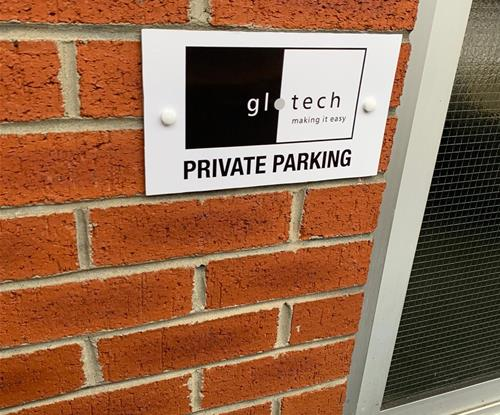 Parking Signs for Glotech