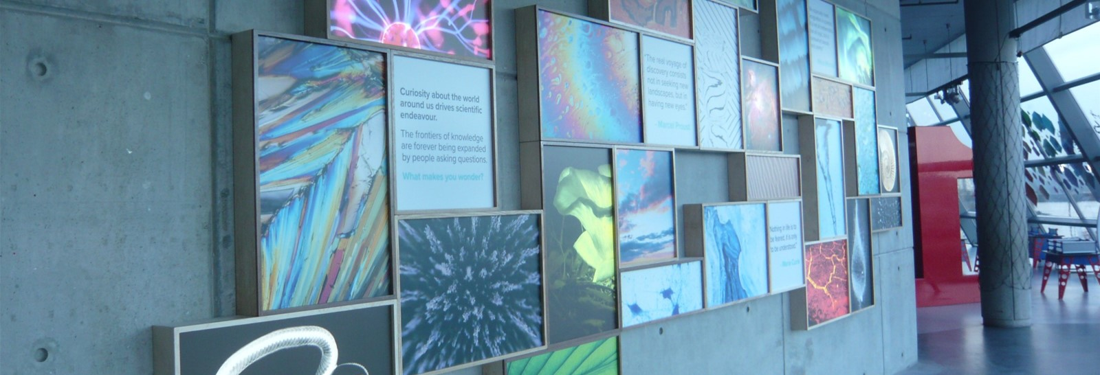 Light boxes at Glasgow Science Centre