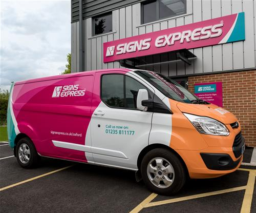Signs Express Open Another Centre in the UK