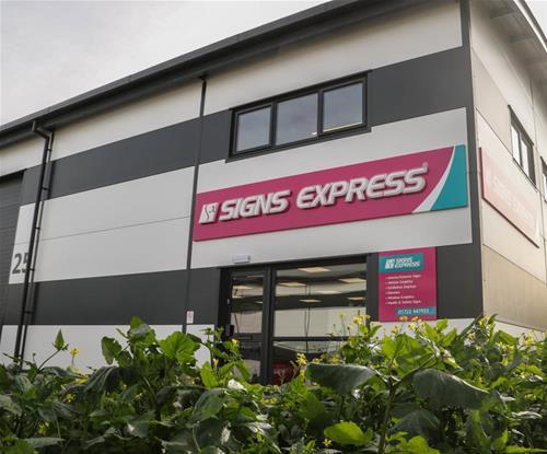 Signs Express (Salisbury) Building