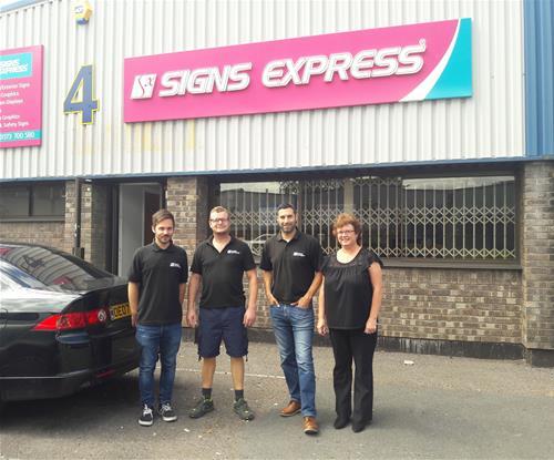Signs Express (Bristol) team