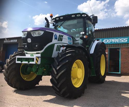 Tractor Graphics
